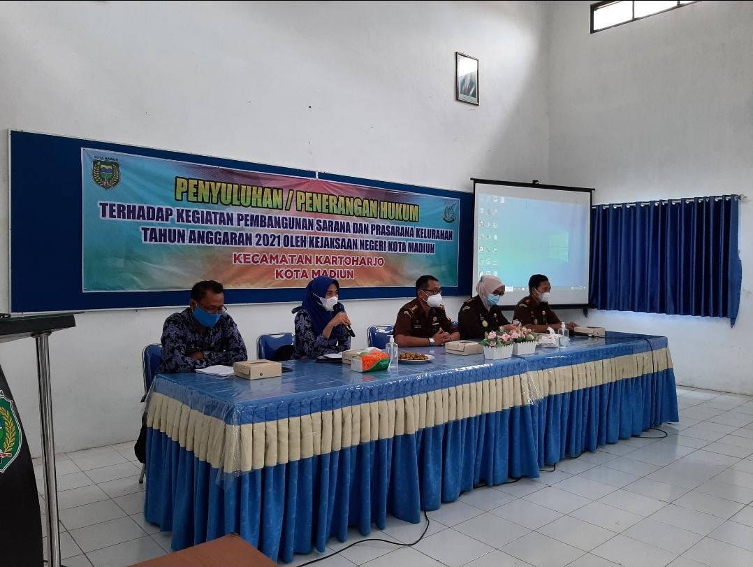Penyuluhan / Penerangan Hukum Oleh Kejaksaan Kota Madiun di Kelurahan Tawangrejo